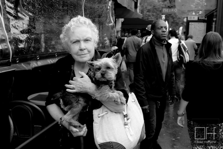 Paris, ses mamies à chien